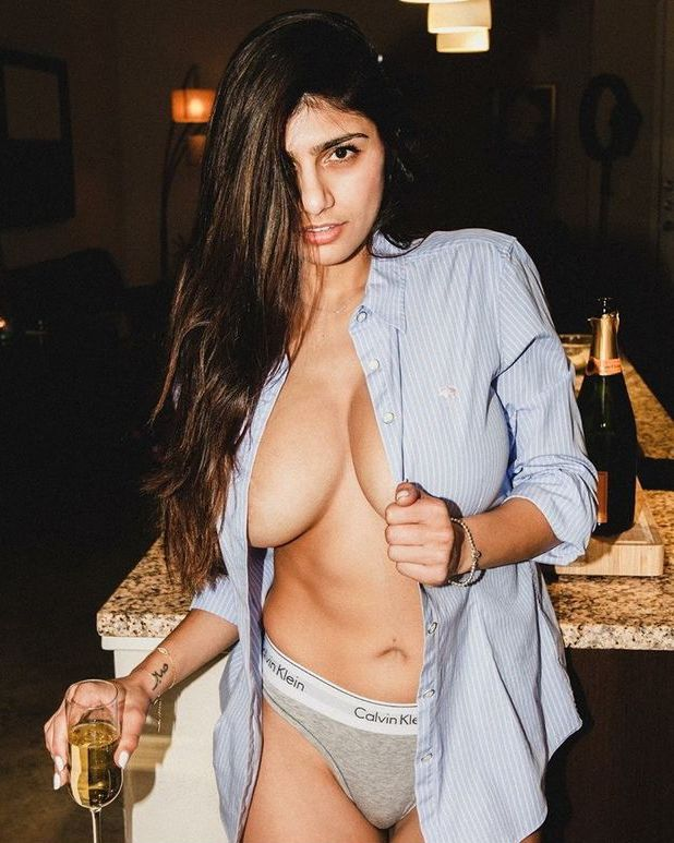 mia-khalifa-with-a-glass-of-champagne